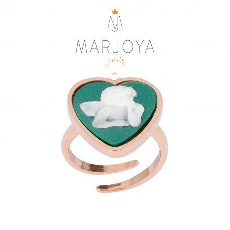 Anello cuore con cammeo in resina verde e angioletto in argento rosè, regolabile