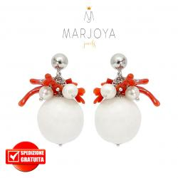 Orecchini pendenti con quarzo bianco, perle, corallo e argento 925