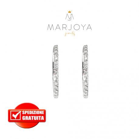 Orecchini ovali in oro bianco 18 kt con diamanti ct. 0,30