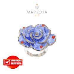 Anello con fiore in ceramica blu e corallo in argento 925