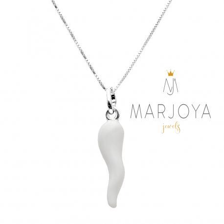 Collana con cornetto grande smaltato bianco in argento 925