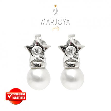 Orecchini stella e perla in oro bianco 18 kt con diamanti ct. 0,06
