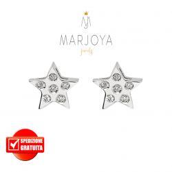 Orecchini stella a lobo in oro bianco 18 kt con diamanti ct. 0,08