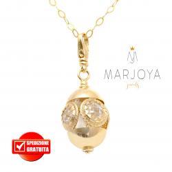 Collana lunga con charms e quarzo bianco in argento dorato,70 cm