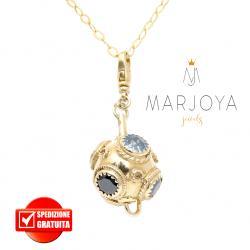 Collana lunga con charms e quarzo nero e bianco in argento dorato,100 cm