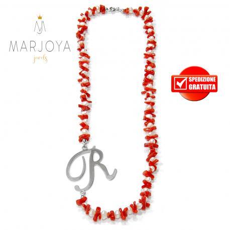 """Collana in corallo,perle naturali d'acqua dolce e iniziale """"r"""" in argento 925"""