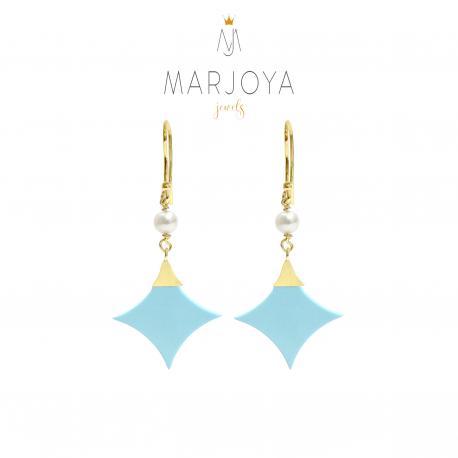 Orecchini con stella di turchese, perle e argento dorato, pendenti