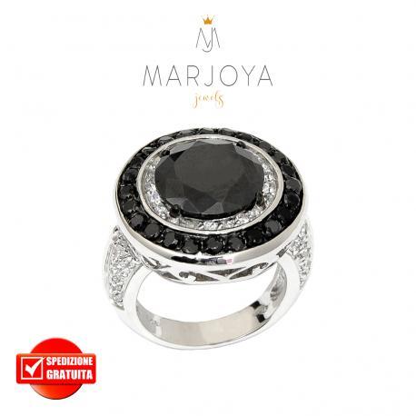 Anello a sigillo tondo in argento 925 rodiato con zirconi bianchi,neri,azzurro e rosso